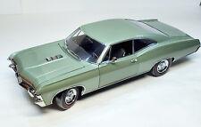 1967 IMPALA SS 1:18 GREEN CHEVROLET ERTL AMERICAN MUSCLE AUTHENTICS