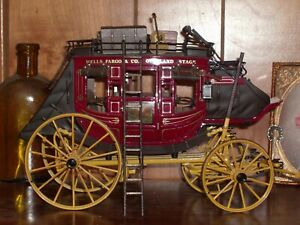 Franklin Mint Well's Fargo Overland Stage Coach 1:16 scale with extras.