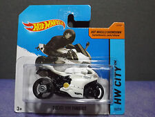 Hot Wheels DUCATI 1199 PANIGALE 2014 HW City No.# 36/250. Rare Short card.