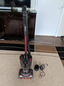Shark IC601UKT DuoClean Powered Lift Away Cordless Upright - Red