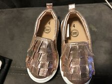 infant girls shoes size 4
