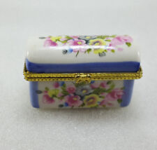 BEAUIFUL FLORAL FLOWERS PILL SNUFF SMALL PORCELAIN BOX CHEST *FREE UK SHIPPING
