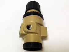 C.A. NORGREN REGULATOR R11-200-RNLA, INLET 300 PSIG. MAX , OUTLET 125 PSIG MAX