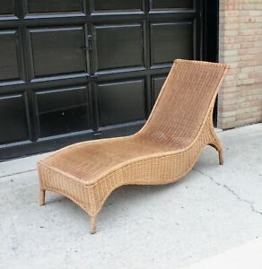 Vintage Mid Century MCM Sculptural Wicker Chaise Lounge Chair