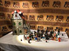 Playmobil Klicky Fachwerkhaus Rathaus mit Festgesellschaft Konvolut
