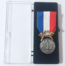 Médaille d'honneur pour acte de courage & dévouement SAUVETAGE Argent 1°Classe