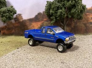 1999 Ford F-250 4x4 Lifted Custom 1/64 Diecast Truck Farm Off Road 4WD Mud