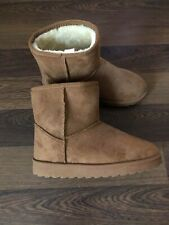 Primark Ladies Fur Suede Boots Brand New Without Labels Size UK: 5