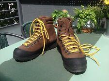Chaussures de montagne/randonnée SCARPA - Parfait État - Très Peu Utilisées -