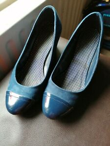 Navy wedge shoes size 6