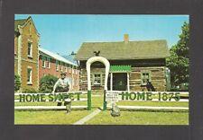 POSTCARD:  LOG HOUSE - HURON COUNTY PIONEER MUSEUM - GODERICH, ONTARIO, CANADA