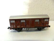 N42) wagon couvert marque inconnue pour train electrique echelle N