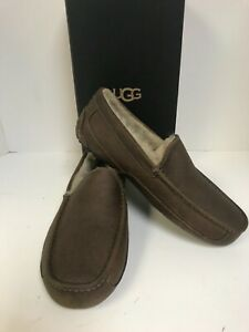 UGG Men's Ascot Tan Leather Sheepskin Lined Slippers