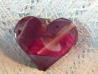 NOS VALENTINE'S DAY PURPLE LUCITE HEART-SHAPED BUD VASE
