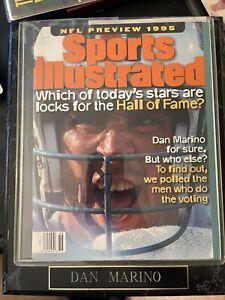Dan Marino Autographed SI Magazine Plaque See Description