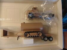 Winross -- Military flatbed with water tank semi truck