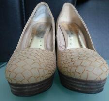 Redherring Shoe-Licious Women Size 5 Light Tan Heels Shoes