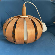 suspension lampe Hans-Agne Jakobsson design lustre lamelle bois vintage danemark