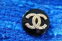 1 One  Authentic Chanel Button 1 pieces black  &  gold  logo cc 💋 0,9 inch
