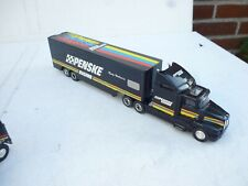 1:64 About Racing Champions American Truck With Penske trailer Good Condition