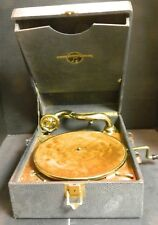 Antique Columbia Portable Gramophone Model No. 122 Extra Needles Good-Very Good