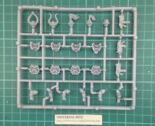 Warhammer 40K Chaos Space Marines 2001 Heads Weapons Sprue B RARE OOP K11