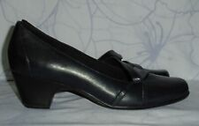 "Women's Dark Blue Leather CLARKS Everyday Pumps Heel 2.25"" Size 10 M Great Cond"