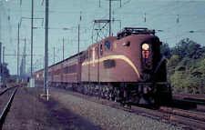 Pennsylvania RR Raymond-Loewy GG1 Electric locomotive railroad train postcard(2)