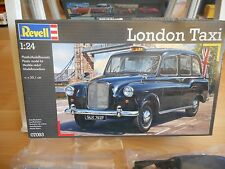 Modelkit Revell London Taxi on 1:24 in Box