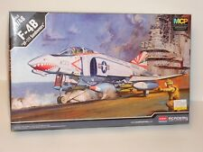 "ACADEMY #12232 1/48 F-4B ""VF-111 SUNDOWNERS"" OPEN has been started"