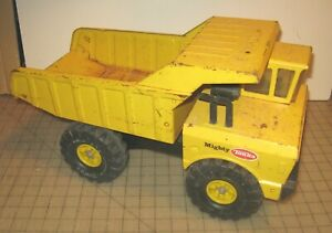 "1976-1977 Yellow MIGHTY TONKA DUMP TRUCK 18.5"" Long Construction Metal Toy - GD+"
