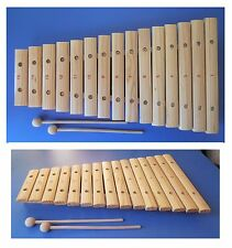 Xilofono in legno laccato, 2 bacchette, 15 piastre, 15 note, cm 42x24x4