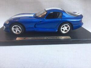 Maisto 1:18 Scale 1996 Dodge Viper GTS Blue 31832 Diecast Model Car