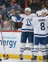 AUSTON MATTHEWS Unsigned 8x10 Photo Toronto Maple Leafs (C)