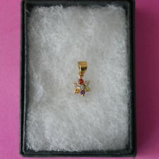 BEAUTIFUL SMALL 9CT YELLOW GOLD  PENDANT WITH MULTI GEMS 1.5x0.6 CM.WIDE IN BOX