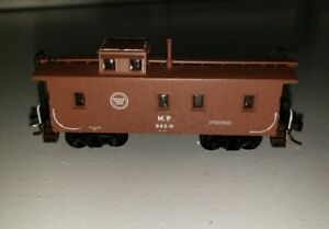 N Scale Missouri Pacific Lines Caboose Painted! RN #882R