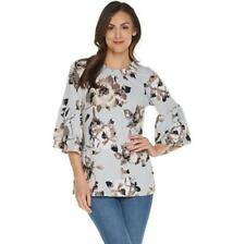 Studio by Denim & Co Size 1X Light Grey Floral Print 3/4 Bell Sleeve Peasant Top