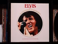Elvis Presley ♫ A Legendary Performer, Vol. 1 ♫ 1974 LP w/Book NM Textured Cover