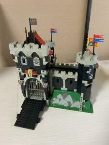 LEGO System Black Knight's Castle 6086 In 1992 Used Retired