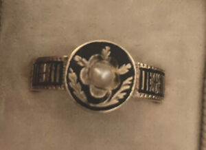 Antique Victorian pearl black enamel mourning ring 9ct gold 1873