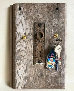 Key Holder 100+ yr old barn wood hand-crafted vintage door-plate wall mounted