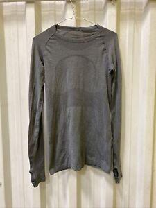 Lululemon Run Swiftly  Long sleeve Top Size  6 Gray