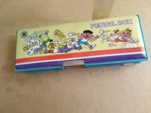 Vintage  magnetic pencil case  mappet show