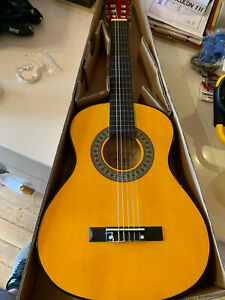 NEW Music Alley MA-34-N 1/2 size 34 inch Junior Classical Guitar - Must GO