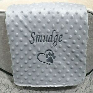 PERSONALISED DOG CAT PET BLANKET GREY BUBBLE EFFECT SOFT DURABLE HEART PAW PRINT