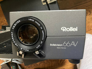 ROLLEI ROLLEIVISION 66AV MEDIUM FORMAT SLIDE PROJECTOR, with remote and tray