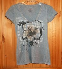 American Eagle   PRETTY   T-SHIRT  size Small   Distressed Areas  Gray   LOT6377