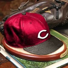 Cincinnati Reds Limited Edition Replica Cap Figure The Memory Company