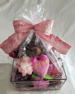 """Gift Basket Bath Body Love 18"""" Plush Bear Candy Roses Candle Wire Basket New"""
