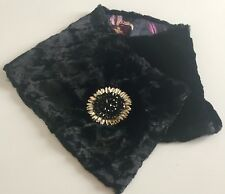 LIBERTY VINTAGE VELVET 'FAUX FUR' SILK LINED COLLAR/TIPPET WITH BEADED PIN